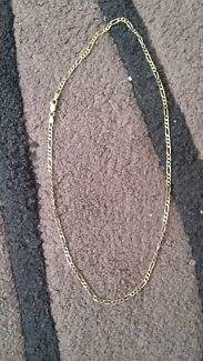 18ct not 9ct yellow gold unisex figaro link necklace
