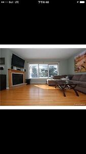Beautiful 4 bedroom house close to university of Regina