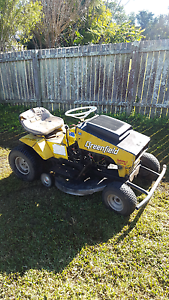 Greenfield ride on mower West Kempsey Kempsey Area Preview