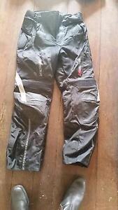 DriRider Motorbike Protection Cargo Pants large Victoria Park Victoria Park Area Preview
