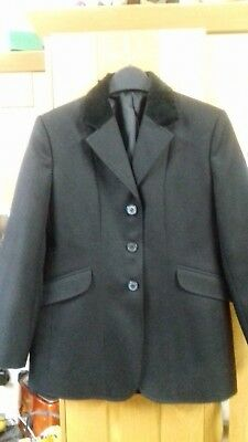"GORRINGE BLACK SHOW JACKET 28 "" CHEST VELVET COLLAR WORN ONCE"