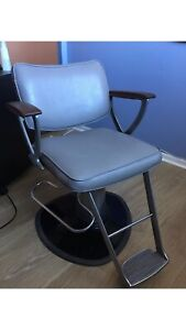Vintage hairstyling chair