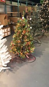 4.5FT PRELIT DOUGLAS FIR ARTIFICIAL CHRISTMAS TREE- MULTI- mnx