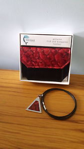 Coin purse with matching necklace Woodvale Joondalup Area Preview