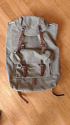 Vintage Swiss Army Military Backpack Rucksack 1957 Canvas Salt & Pepper