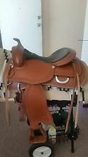 Syd Hill TREELESS Western Saddle 15 inch Byford Serpentine Area Preview