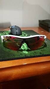 Oakley RADARLOCK™ PRIZM™ ROAD sunglasses  (cheap) Greenacres Port Adelaide Area Preview