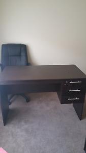 Dark brown desk Geelong Geelong City Preview