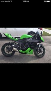 Priced To Sell 2009 Kawasaki ZX6R Mods + Extras