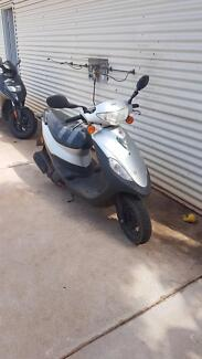 Sym scooter 50cc great condition