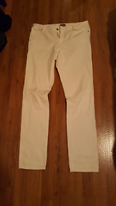 susan white jeans size 12 Manly Brisbane South East Preview