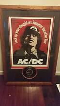 """ACDC RARE PROFESSIONALLY FRAMED 1975 TOUR POSTER + 7"""" VINYL Hyde Park Townsville City Preview"""