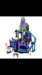 Monster High Catacombs