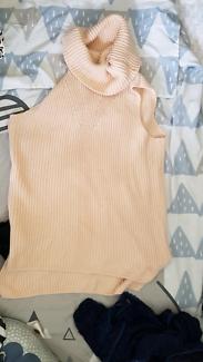 Dusty pink wool turtle neck