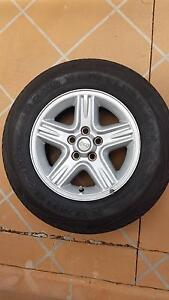 5 x KUMHO ROAD VENTURE P225/70R16 TYRES - EXCELLENT CONDITION Brookwater Ipswich City Preview