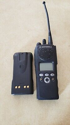 Motorola Xts2500 -700800 Mhz 2 Way Radio H46ucf9pw6an With Battery And Antenna