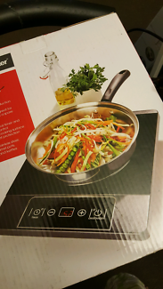 New 2000W Induction cooker still in box