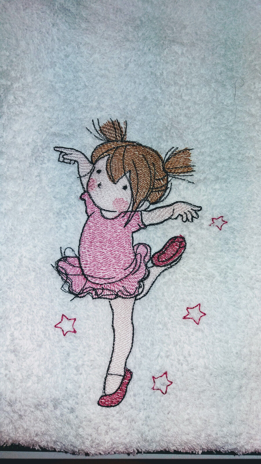 Kuschelweiches Handtuch mit einer kleinen, niedlichen Ballerina Handtuch Frottee