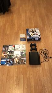 Console Playstation 3 (500GB)+ 12 jeux + 2 manettes