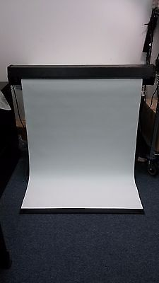 Targa T-6-051052 Projector Screen 44x34 Electric