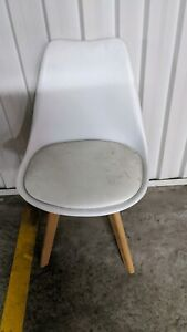 White dining chairs x 6