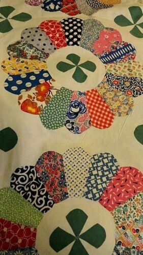 Vintage Quilt Top Unfinished GORGEOUS Petals Thick Cotton Hand Sewn