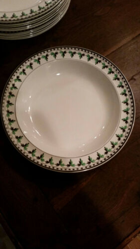 8 Rare Wedgwood Creamware Plates, c. 1790-1800