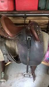 Bates leather stock saddle. changeable gullet, in great condition Yinnar Latrobe Valley Preview