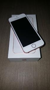 Iphone se 16 gig rose gold Cessnock Cessnock Area Preview