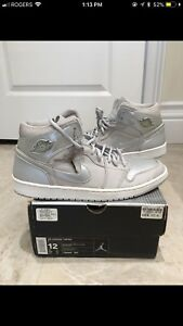 "2001 Air Jordan 1 Retro + ""Neutral Grey/Metallic Silver"" size 12"