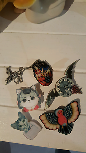 Collection of rockabilly brooch & necklace .no1. Mount Hutton Lake Macquarie Area Preview