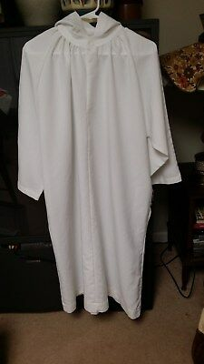 LITURGICAL CLERGY ALTAR SERVER ALB WHITE W/HOOD ABBEY BRAND YOUTH SIZE 10