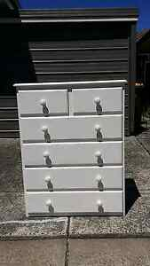 Chest of drawers wood made. Free deliver Daceyville Botany Bay Area Preview