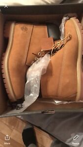 TIMBERLANDS BRAND NEW size 8-12 homme 150$ special $$$