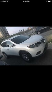 Nissan Rogue 2015 in an excellent condition