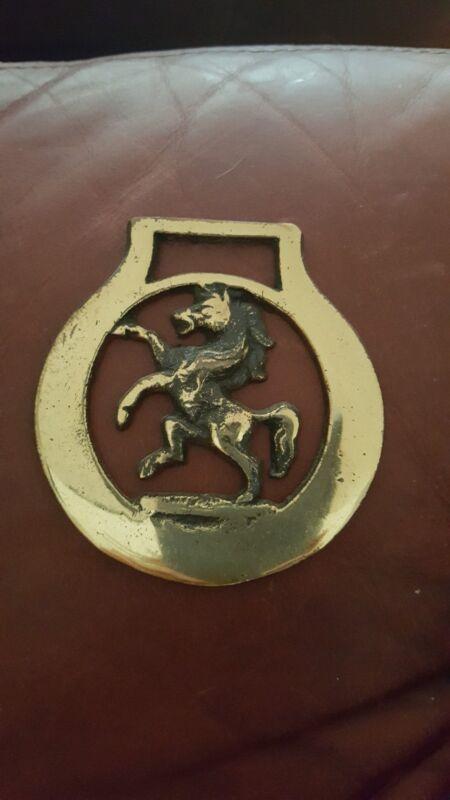 VINTAGE BRASS BRIDLE HORSE HARNESS METAL MEDALLION TACK DECORATION MUSTANG