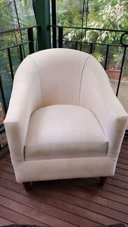 TUB / ARM CHAIR Loftus Sutherland Area Preview