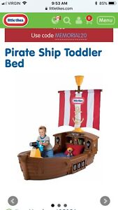 Toddler pirate bed