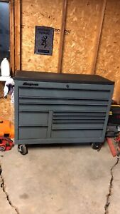 DEAL!!! STORM GREY SNAP ON tool box  6000$ cash obo