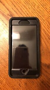 iPhone 6S 64gig *mint* includes brand new Otterbox case