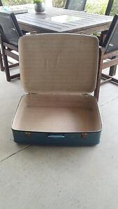 Vintage globite suitcase Rosewood Ipswich City Preview