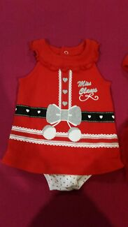 Girls size 00 xmas jumpsuit  Atwell Cockburn Area Preview
