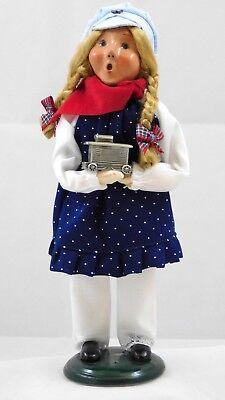 Byers Choice Exclusive Pewter Cupboard 2004 Engineers Daughter Caroler Girl (Pewter Cupboard)