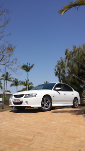 Vz commodore $1500 firm