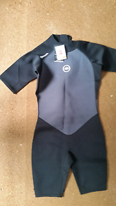 Hot tuna wetsuit brand new never used . Cessnock Cessnock Area Preview