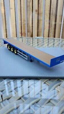 Corgi model trucks 1:50 scale MIDDLEBROOK BLUE FLATBED TRAILER