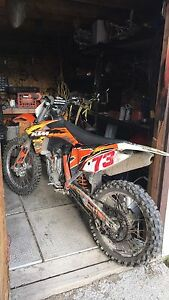 2011 ktm 250 race bike 4 stroke