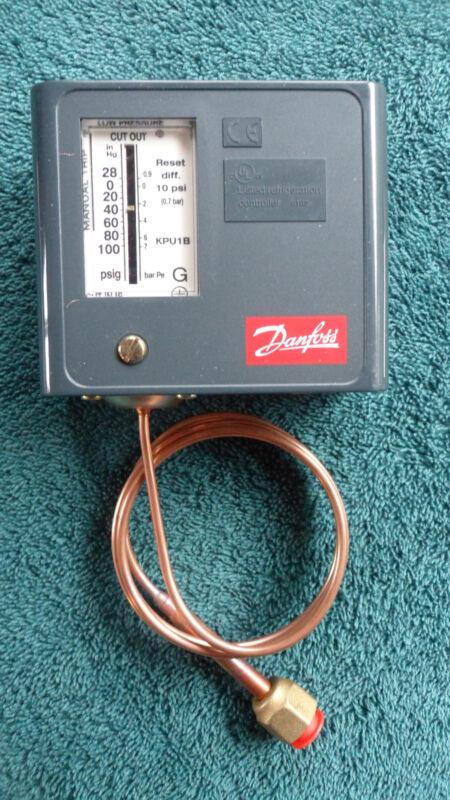 New in Box Danfoss Low Pressure Control KPU1B