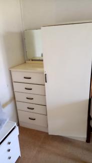 Dresser cupboard with mirror