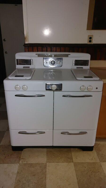 Vintage Universal Range Oven